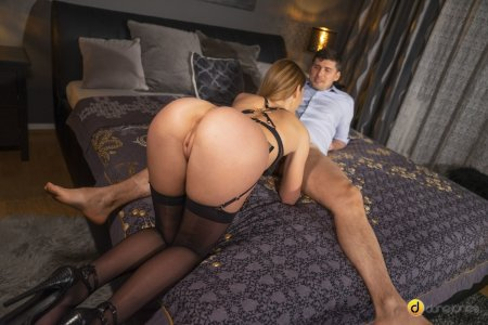 Alexis Crystal, Kristof Cale - Private dance and POV blowjob