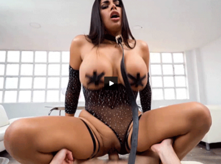 Sheila Ortega - Popcorn, Tits and Ass