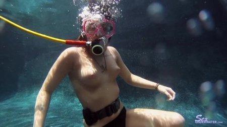 Shawna Hill - Scuba Training ( sexunderwater )