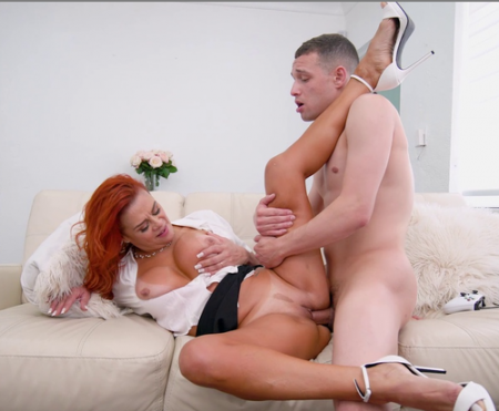 Juliett Lopez - Horny Step Mom Squirts ( monstersofcock )