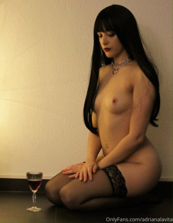 Adriana Lavita ( OnlyFans leak )